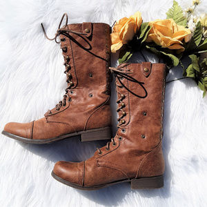Madden Girl Lace Up Boots Sz. 7.5